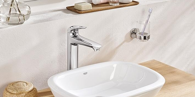 Grohe Eurosmart washbasin faucet washing towel