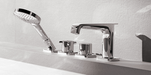 Axor Citterio E bath faucet mounted on edge